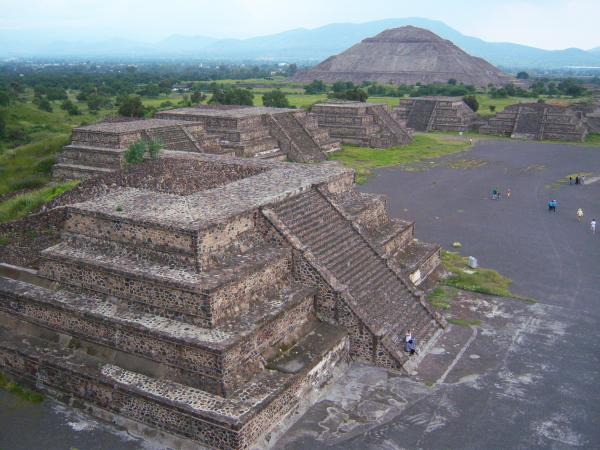Пирамиды майя: ступенчатые структуры