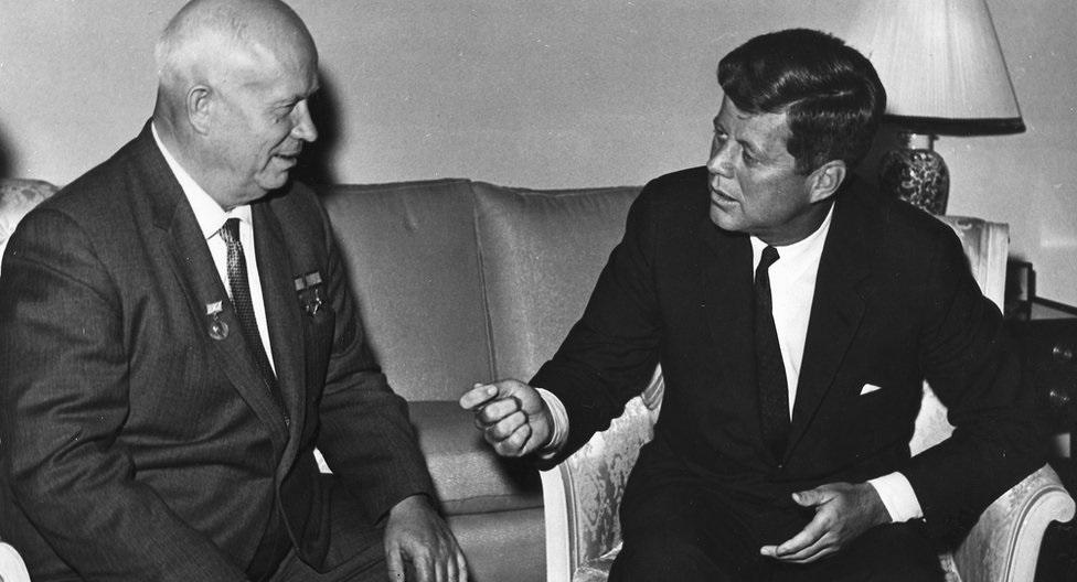Участники холодной войны - конфликт