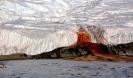 Необъяснимые явления на Земле: кровавый водопад в Антарктиде