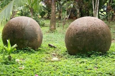 доисторические каменные шары