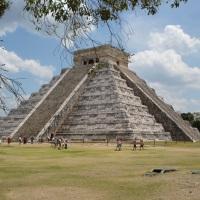 Пирамиды майя: сооружения широкого назначения