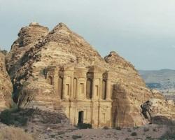 самые удивительные затерянные города Петра