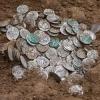 Поиск монет: хобби, заработок, преступление?