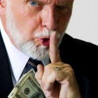 Законы о финансовых пирамидах: можно ли бороться с мошенниками